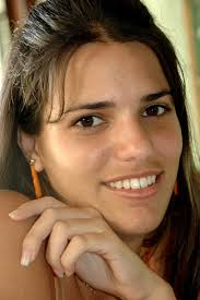 Elaine Díaz, periodista y bloguera de Cuba.
