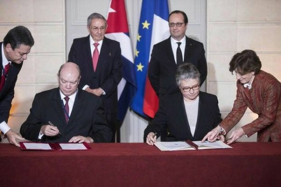 Cuba-Francia-acuerdos-AP